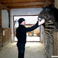 Vadon Jani és családja jött hozzánk látogatóba örökbefogadott lovukhoz! :)