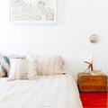 Hálószoba berendezés - 10 kreatív és takarékos éjjeliszekrény ötlet