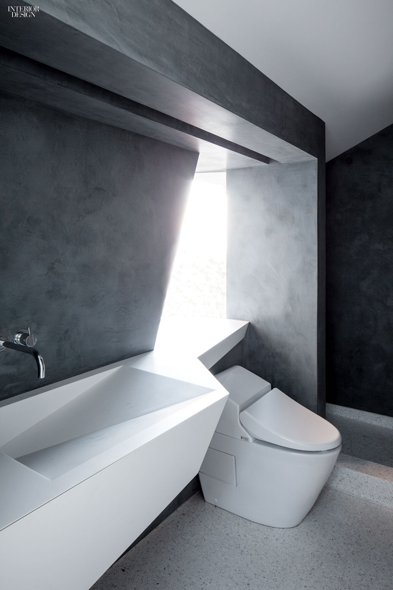 thumbs_45820-bathroom-los-angeles-house-patrick-tighe-architecture-0115_jpg_770x0_q95.jpg