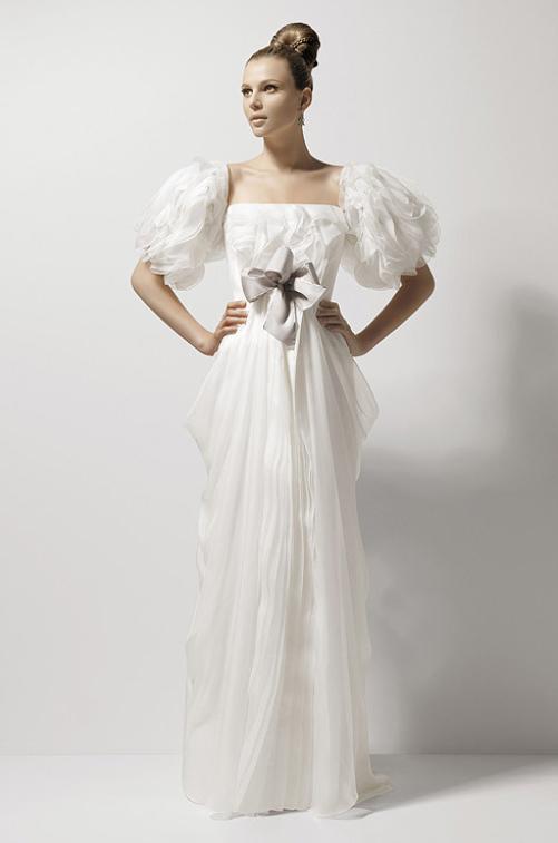 вязанная кокетка на длинном платье