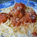 paradicsomos spagetti húsgombócokkal