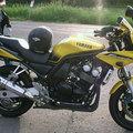 Yamaha Fazer E85-tel