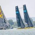 Vitorlázó legendák és high tech hajók a Balaton leglátványosabb vitorlásversenyén