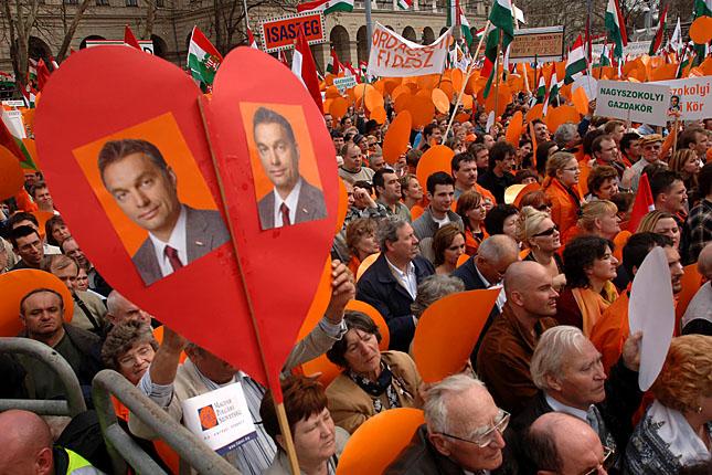 Image result for fidesz szív