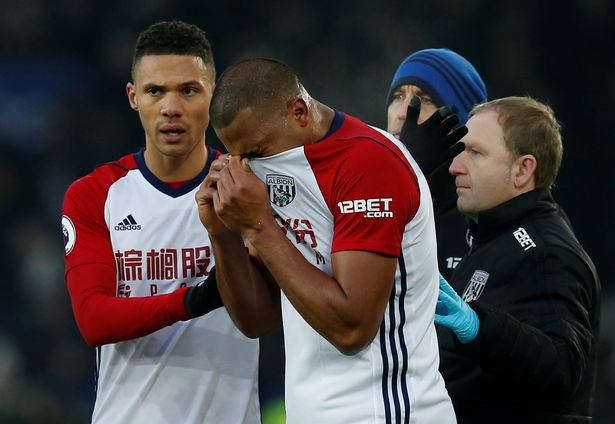 salomon_rondon_reduced_to_tears_after_breaking_james_mccarthy_s_leg.jpg