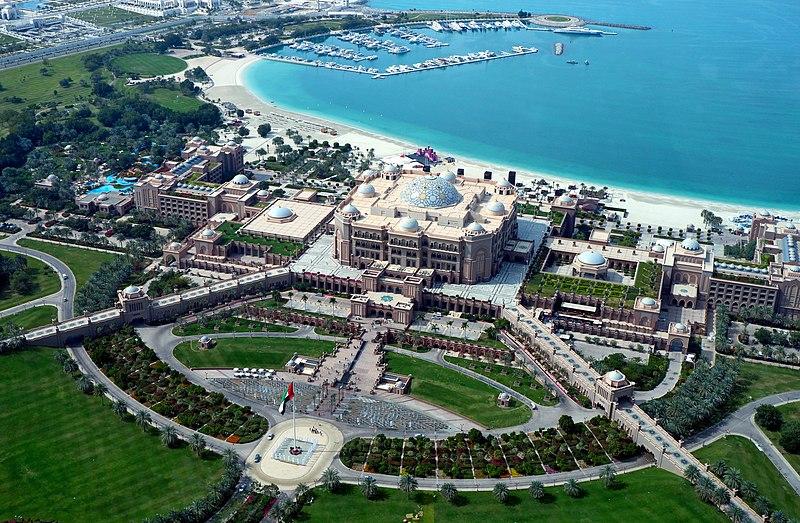 800px-emirates_palace.jpg