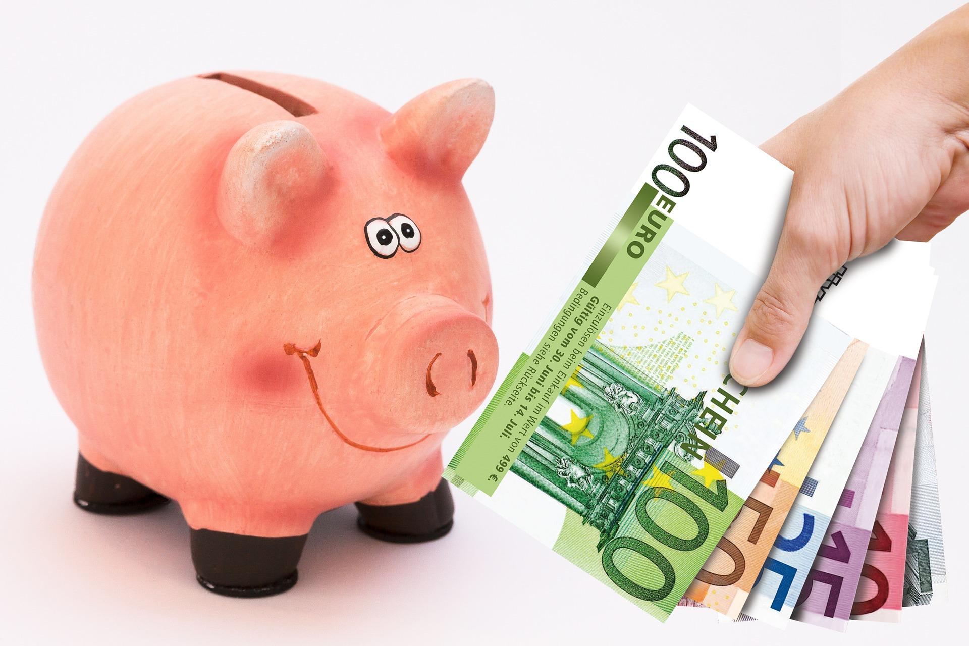 piggy-bank-1047215_1920.jpg