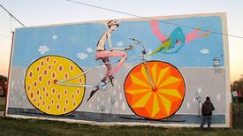 Kerékpár a falon