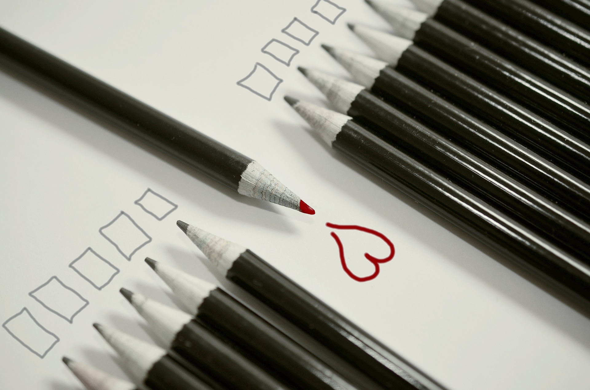 pencils-806604_1920.jpg