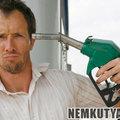 Hány percet kell dolgozni egy liter üzemanyagért?
