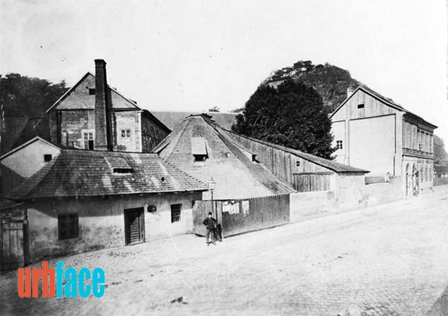 Az egykori Sáros-fürdő (Kép: Urbface.com, BTM)