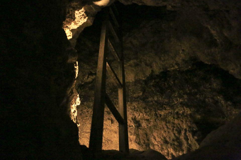 Aragonit, avagy a Karfiol-barlang (Fotó: GYU Fotó)