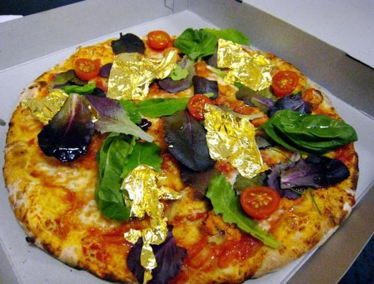 Pizza-Royale-007-most-expensive-pizza.jpg