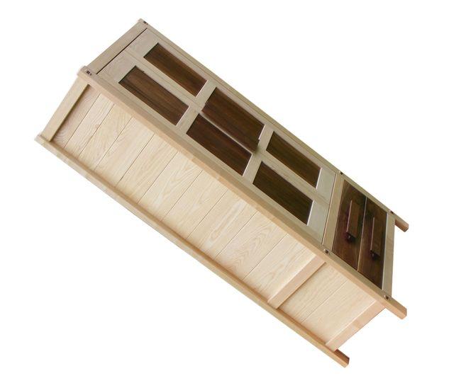 tömörfa szekrény