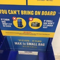 Túlszívat a csomaggal a Ryanair, veszélyben a kis hátizsákok is