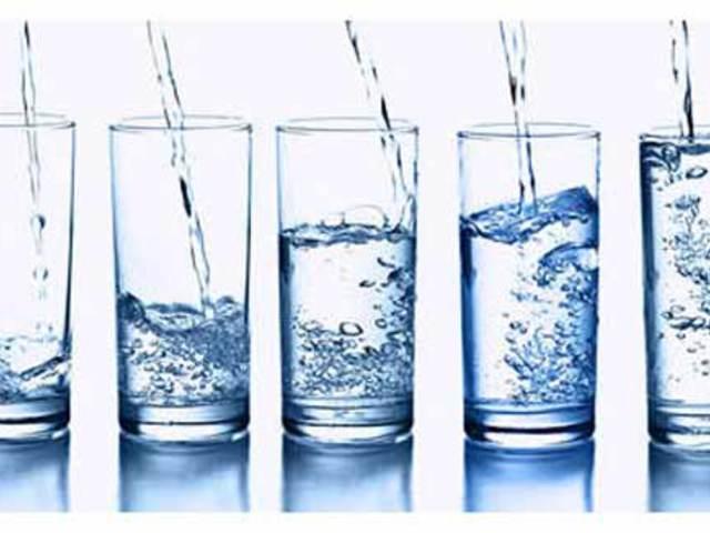 Megoldás a napi elegendő vízfogyasztáshoz