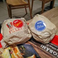 Kis szendvicseket és édes Shake-et kóstoltunk a KFC-ben