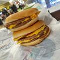 Ennél jobb Mekis sajtburgert még nem ettél! - Crunchy és Crunchy Hot