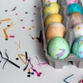 Tojásfestés konfettivel