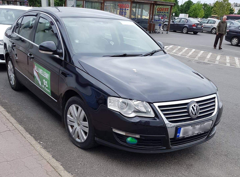 Ír rendszámú kocsival furikázik a Mi Hazánk Szegeden?