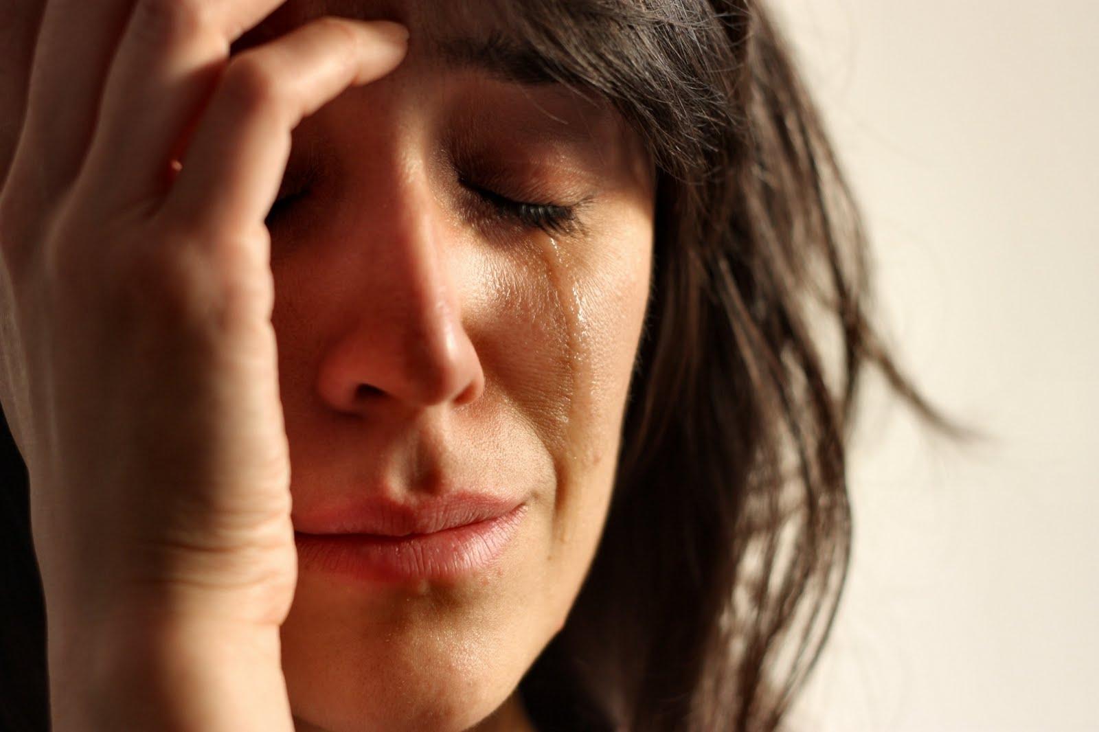 crying_lady-felelos-szulok-iskolaja-blog.jpg
