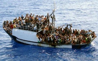 Lampedusa_new_immigrants.jpg