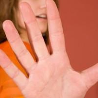 Udvarlás vagy zaklatás