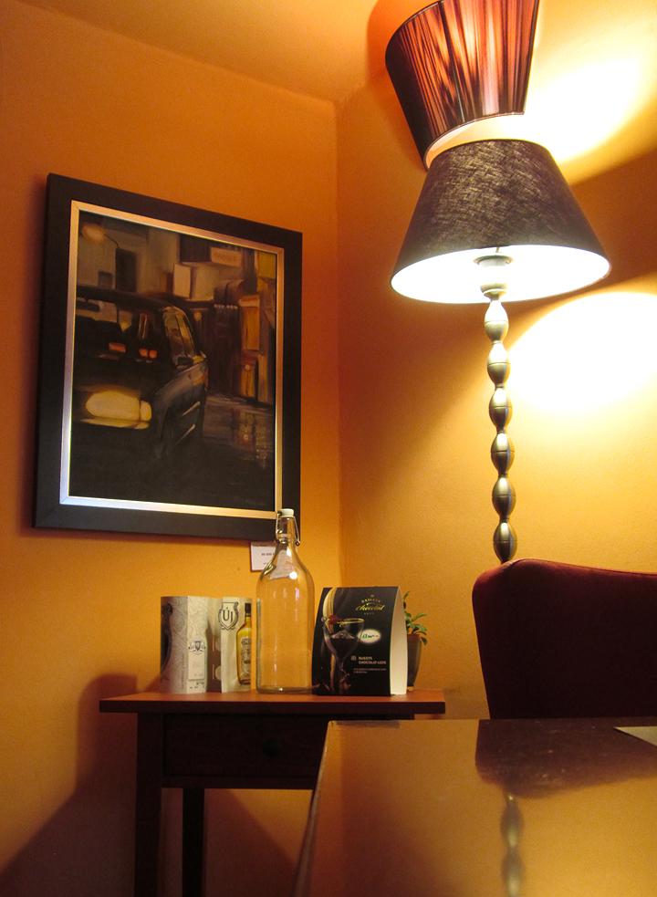 cafe-vian-bisztro-kiallitas-3.jpg