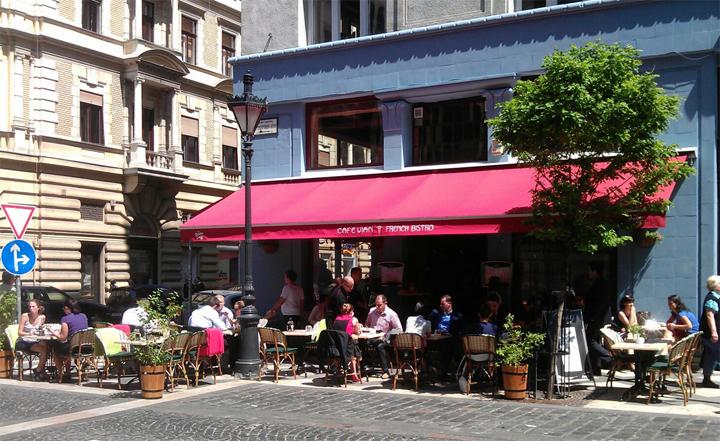 cafe-vian-bisztro-kiallitas-6.jpg