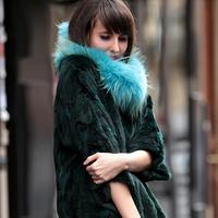 Paris Fashion Week - Cool fur sweater