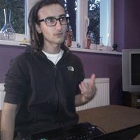 Kérdezz, felelek! - netkávéházi beszélgetés Miklós Mátéval