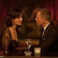 Bond featurette: mindent a lányokról