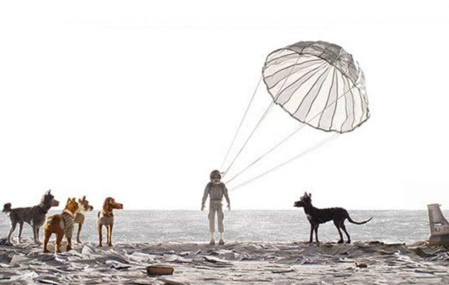 isle-of-dogs-poster-crop-042717-920x584.jpg