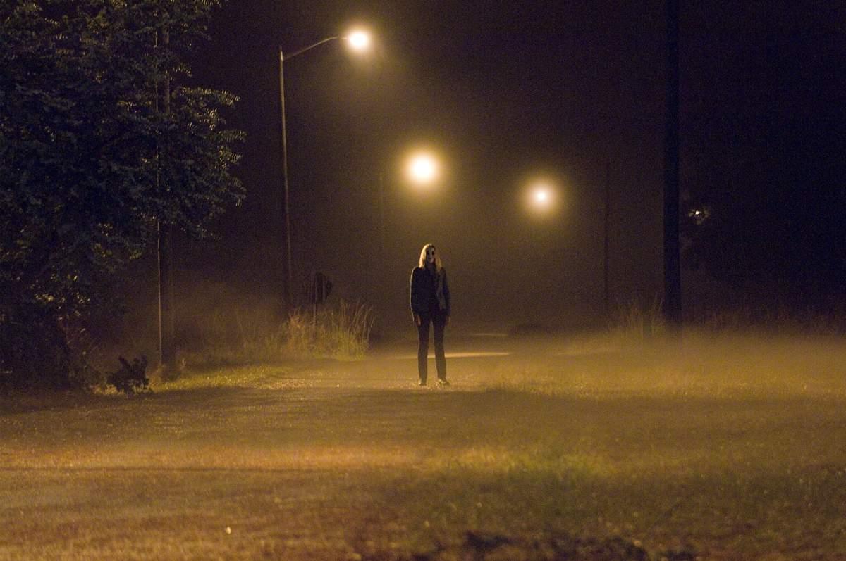 the-strangers-horror-review-9.jpg