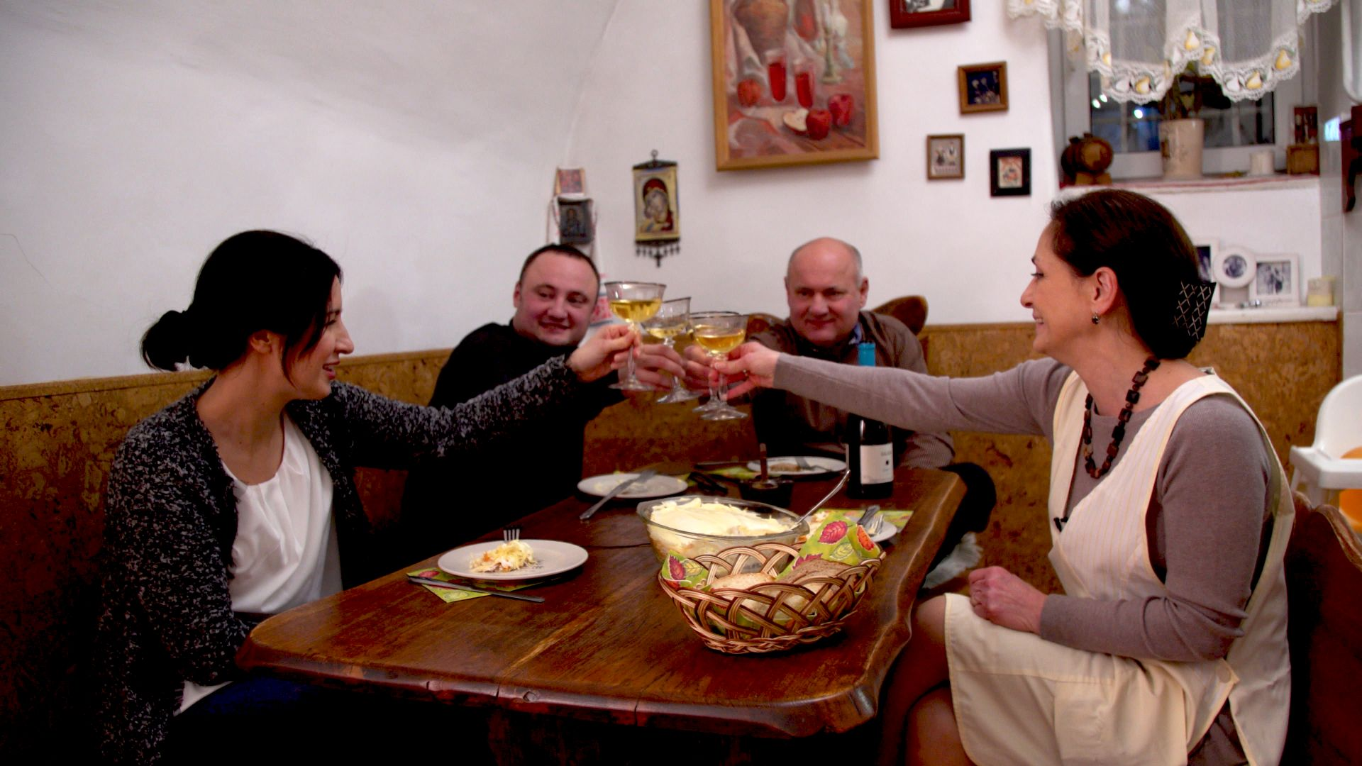 dok_szomszedaink_a_magyarok_foto_goldenrootfilm.jpg