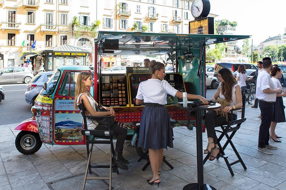 dolce-and-gabanna-rickshaw.jpg