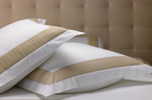 luxury-hotel-bedding-from-marriott-hotels-600x397.jpg