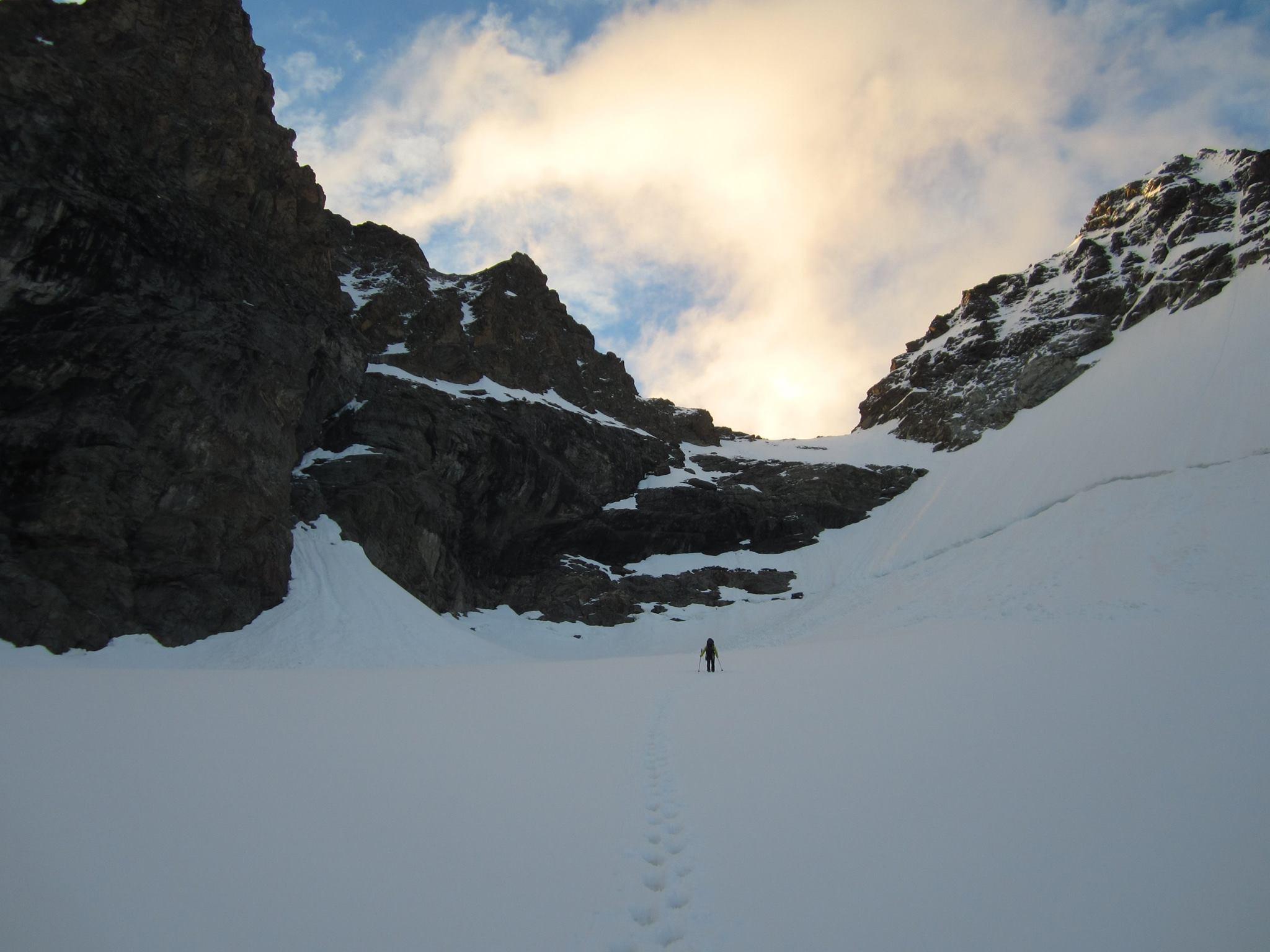 úton a beszállás fele, mi a bergschrundot választjuk