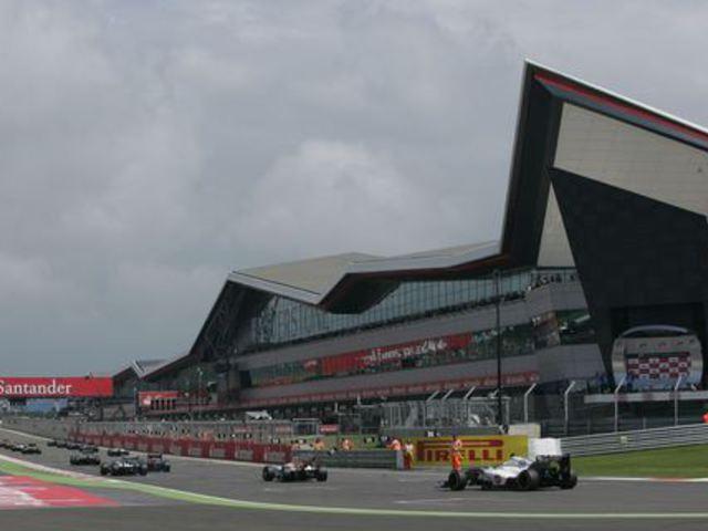 Veszélyben Silverstone, Ecclestone tagad, EU vizsgálat az F1-ben - Villámhírek az elmúlt 24 órából