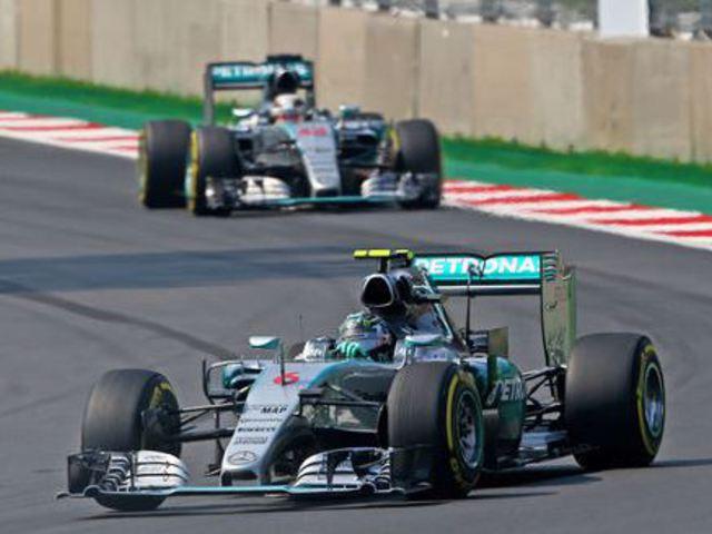 F1 Hamilton összeesküvés elmélete - Villámhírek az elmúlt 24 órából