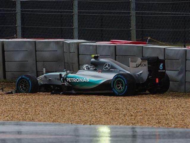 F1 Jó döntés volt a halasztás, meglepetés versenyt vár a mezőny