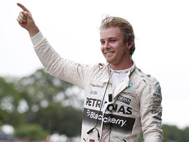 F1 Rosberg simán nyert Interlagosban