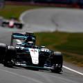 F1 Hamilton idei nyolcadik pole-ját szerezte meg Silverstone-ban