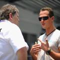 F1 Norbert Haug: Schumacher szerződése nem egy pókerjátszma
