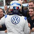 A Volkswagen mégis az F1-be készül, de érdeklődik a Nascar és az IndyCar iránt is