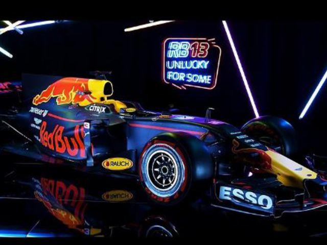 Bemutatkozott a Red Bull és a Haas F1 Team autója is