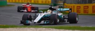F1 Hamiltoné a szezon első pole-ja, Vettel szétválasztotta a Mercedeseket