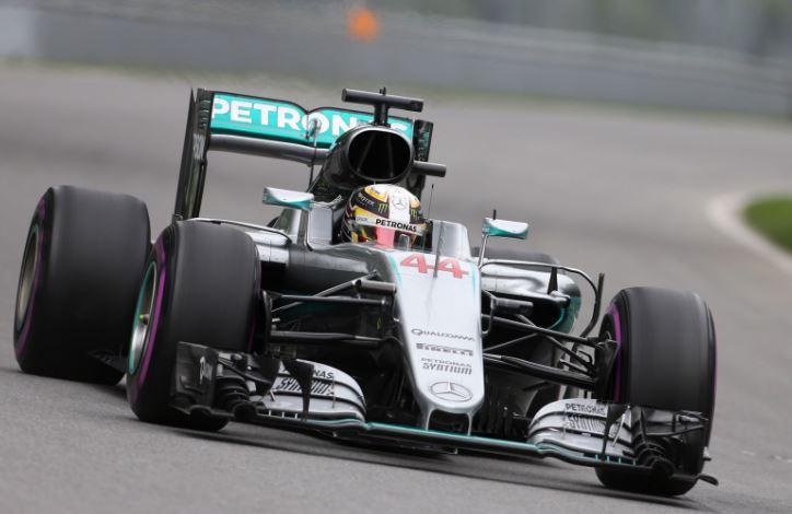 F1 Vettel zseniálisan kezdett, végül Hamilton taktikája volt a nyerő Kanadában