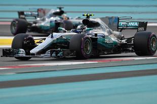 Bottas győzelemre váltotta a pole-t a szezonzárón