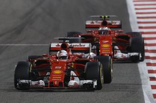 Vettelnek áldás, Raikkönennek átok volt a biztonsági autó